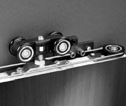 Система телескопического раздвижения дверей